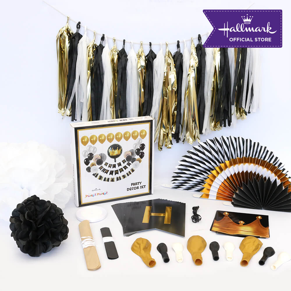 Hallmark Party! Party! Luxury Party Decor Set (Black and Gold)
